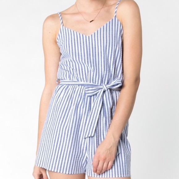 1aecff9ded7 Everly Blue White Striped Seersucker Romper NWT